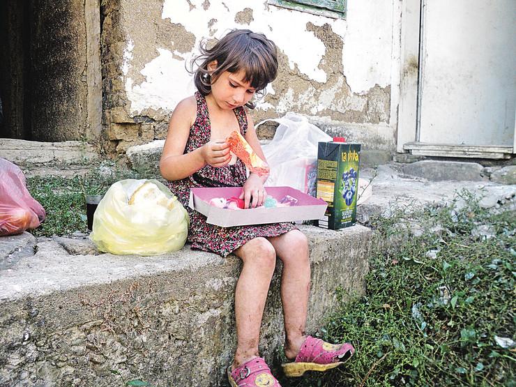 Tijana Ramani, devojčica iz Surdulice
