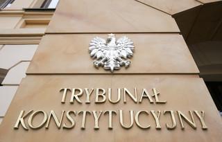 PiS: Sprawa przecieku orzeczenia TK kompromituje Trybunał