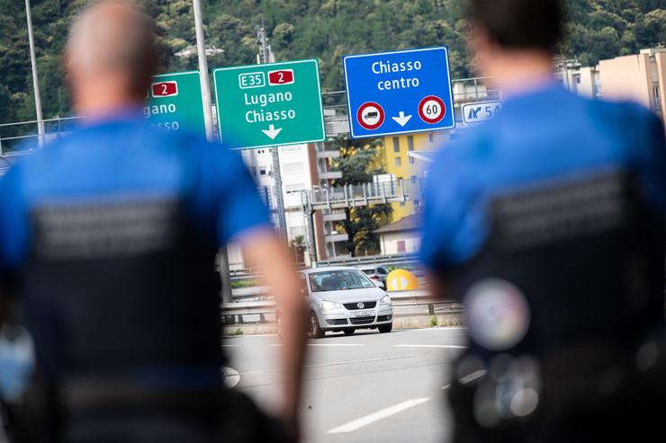 Granica između Švajcarske i Italije u Kjasu
