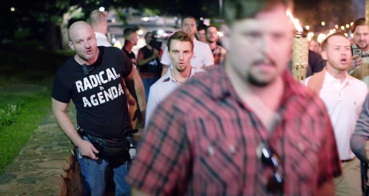 Beli supremacisti na skupu u Šarlotsvilu u Virdžiniji