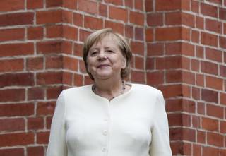 Merkel ciągle milczy na temat dotkliwej porażki chadecji w wyborach