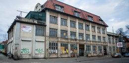 Miasto sprzedało budynek przychodni