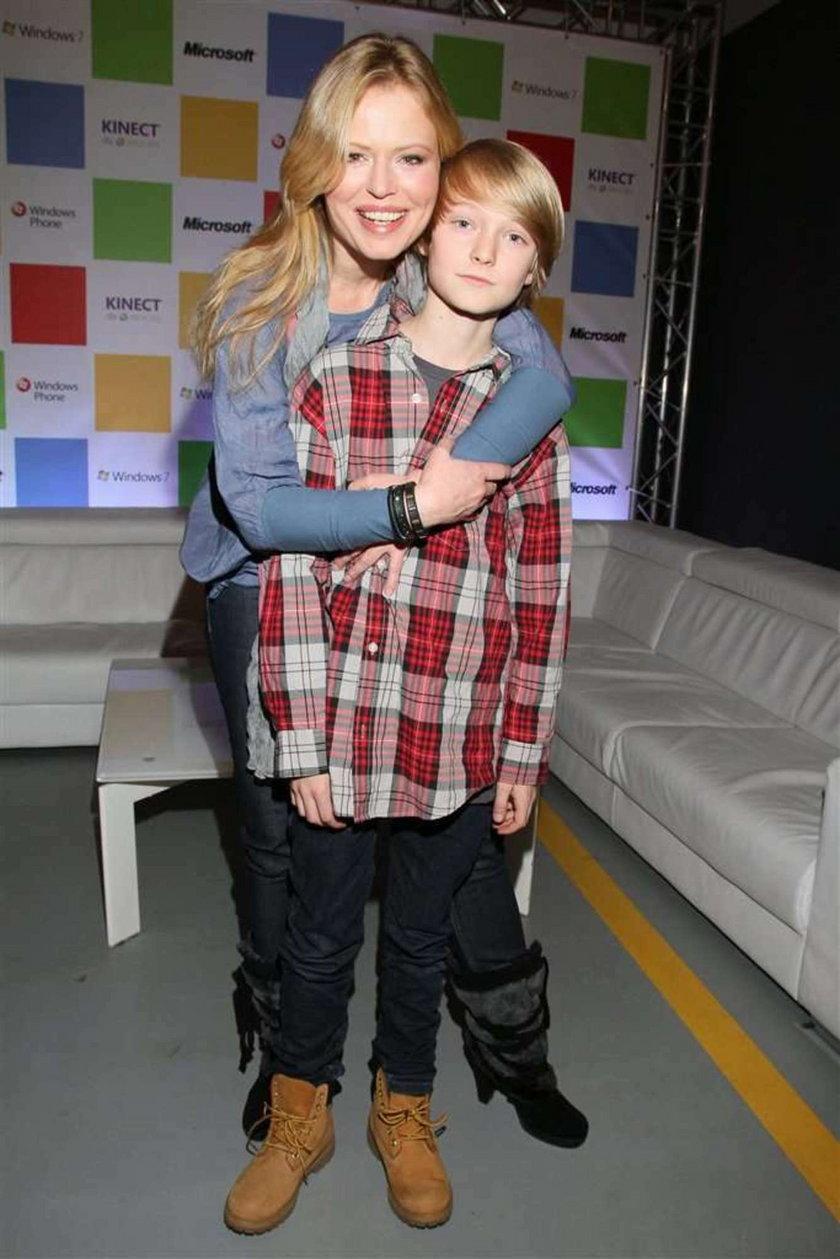 Serialowa aktorka z synem. Foto
