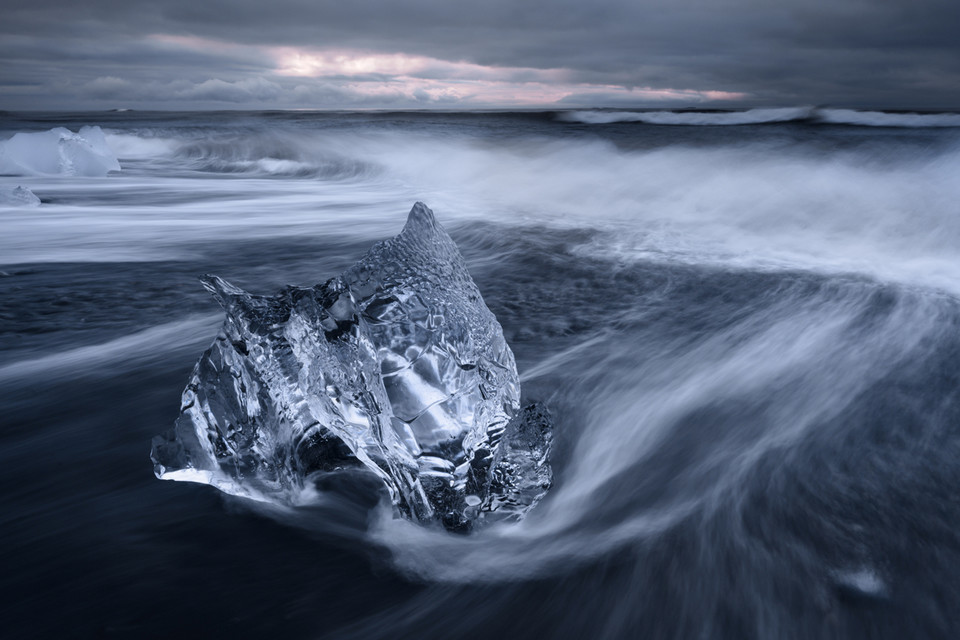 Travel Photographer of the Year 2015, kategoria Juniorzy 15 - 18 lat - Spencer Cox (USA) - Jökulsárlón, Islandia