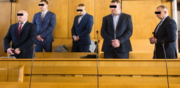 Jędrzej zmarł po torturach na komendzie. Policjanci wciąż na wolności