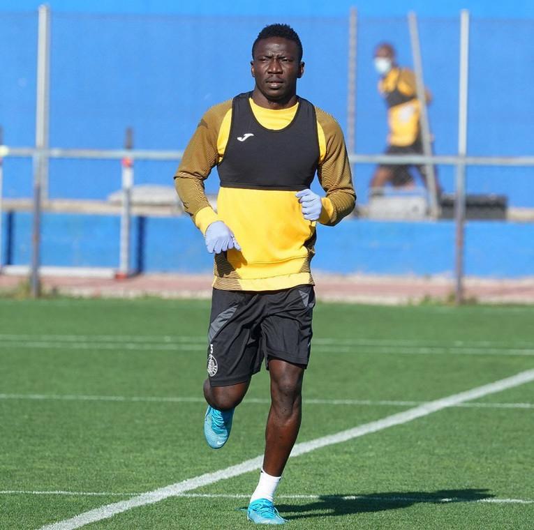 Super Eagles midfielder Oghenekaro Etebo has also resumed training (Instagram/Oghenekaro Etebo)