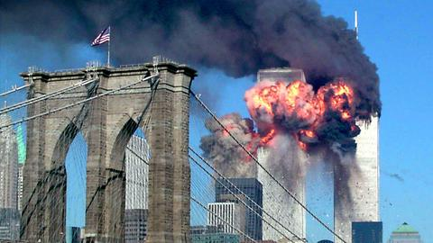 23 haunting photos from the September 11 attacks that Americans will never forget
