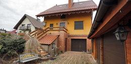 Sąsiedzi o domu podpalacza: trzeba go zburzyć i zaorać