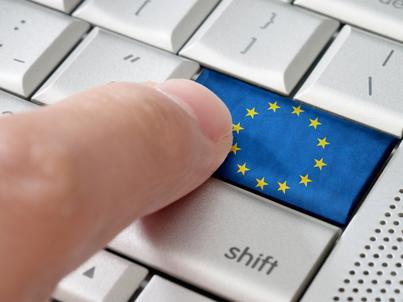 Za dwa lata Komisja Europejska ma dokonać przeglądu nowych regulacji dot. handlu internetowego