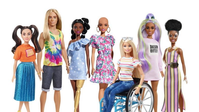 Barbie FASHIONISTAS 2020