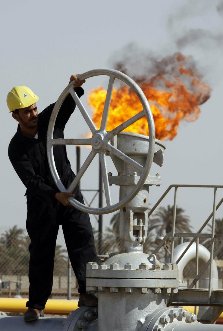 320552_irak-nafta-ap