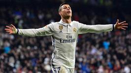 Cristiano Ronaldo wsparł schronisko dla psów