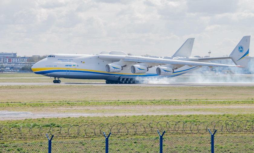 Antonov An-225 wylądował w Warszawie
