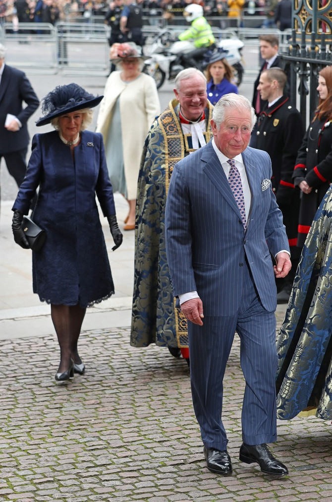 Princ Čarls sa suprugom