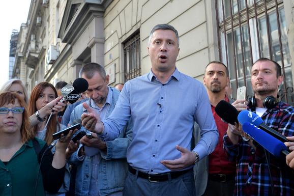 Oni žele da prazna srpska sela naseliti migranti: Boško Obradović