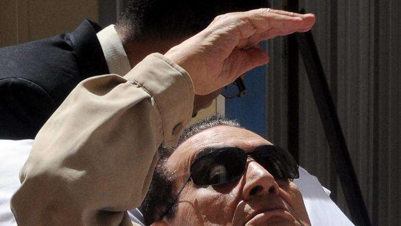 Hosni Mubarak wraca do więzienia