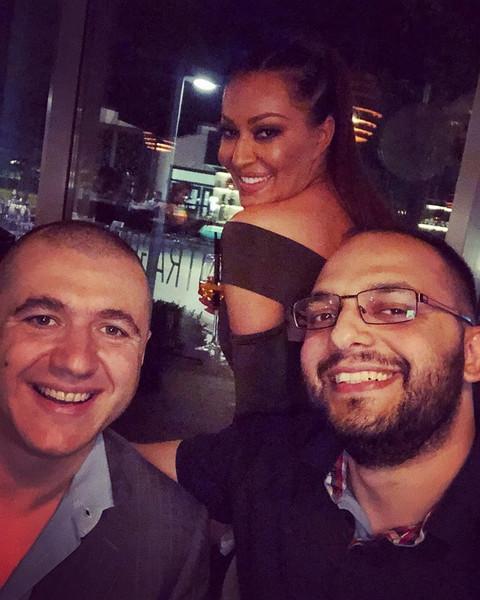 Brat Cece Ražnatović bio je sa MNOGIM poznatim damama, a sada je u vezi sa ovom lepoticom!