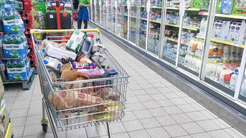 Sieci handlowe - do której są otwarte sklepy w sylwestra?