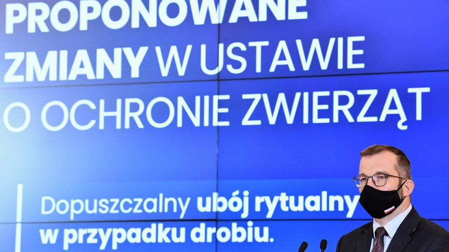 Dziś po południu minister rolnictwa Puda i premier Morawiecki ogłaszali poprawki do ustawy