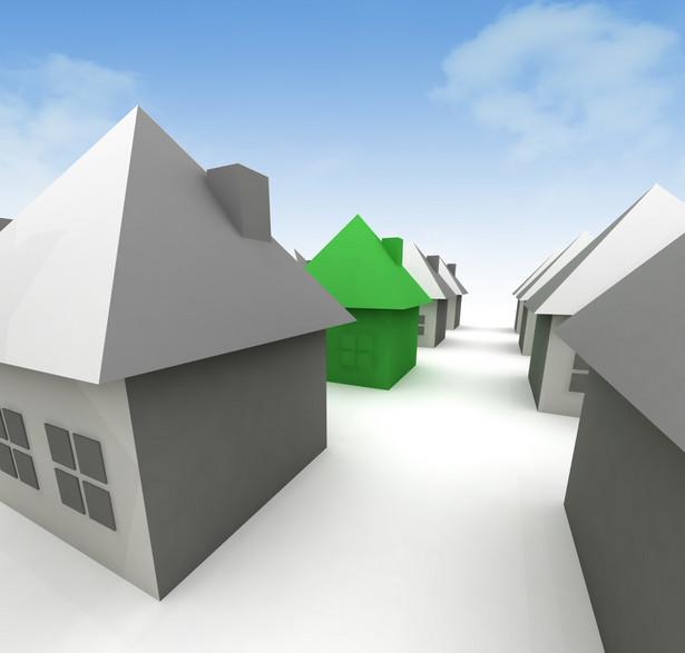 Właściciel działki, który zakłóca sąsiadom korzystanie z gruntów, musi się liczyć z tym, że zostanie przez nich pozwany do sądu