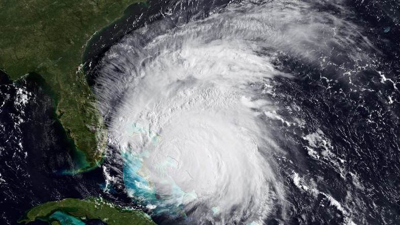 Huragan Irene dotrze w sobotę do wschodniego wybrzeża USA