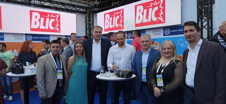 Blic je na centralnom mestu i na svecanom otvaranju sezone Sportskih igara mladih Srbije - foto SIM SLobodan Djuric