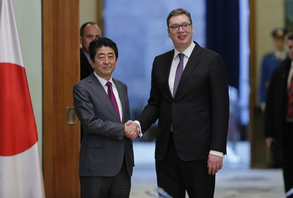 Šinzo Abe i Aleksandar Vučić