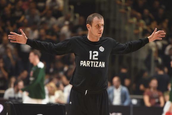 """""""VELIKI ČOVEK!"""" Novica Veličković je otišao u košarkašku penziju, a ovako je reagovao legendarni španski strateg!"""
