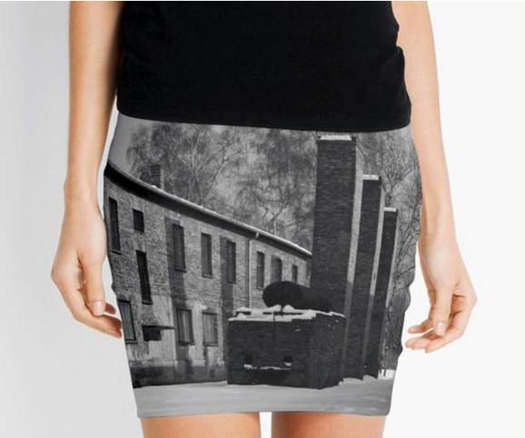 Suknja sa motivima logora Aušvic