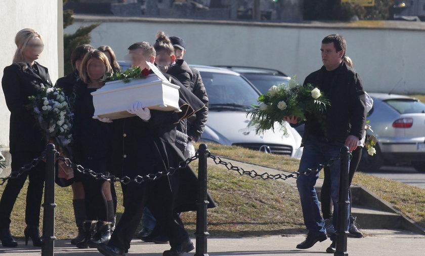 Pogreb Nikoli