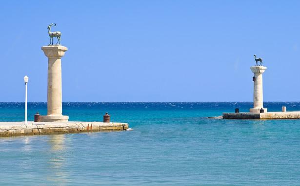 Rodos, port nad którym górował Kolos z Rodos