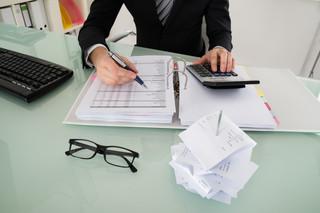 Jak skorygować złe długi w księgach rachunkowych?