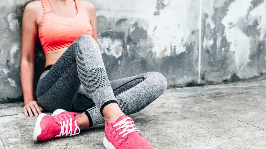 Damskie buty sportowe z wyprzedaży