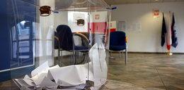 Członek komisji wyborczej kradł karty do głosowania