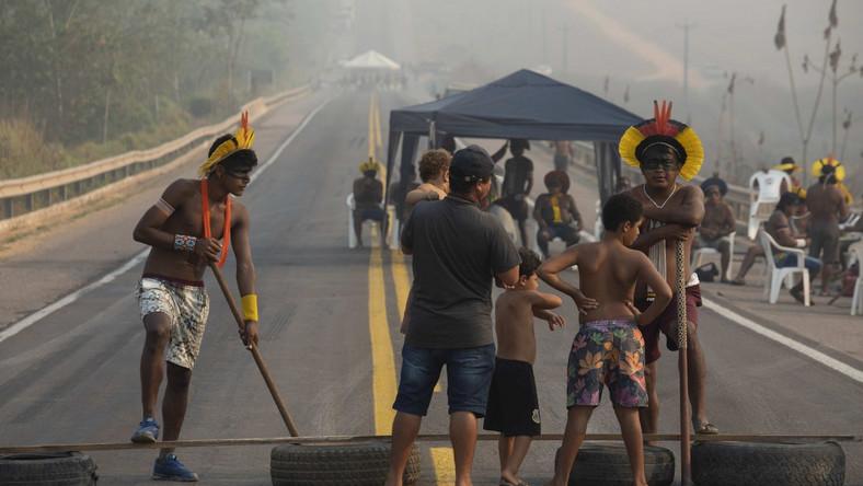 Protesty członków plemienia Kayapos