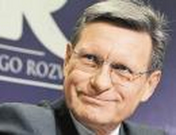 Federacja Regionalnych Związków Gmin i Powiatów RP przyznała tytuł Człowieka Roku 2009 twórcy reformy gospodarczej prof. Leszkowi Balcerowiczowi.