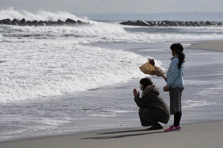 Cunami ljudi na obali