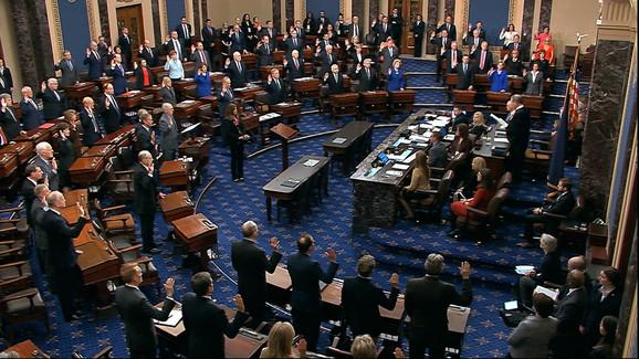 Senatori polažu zakletvu