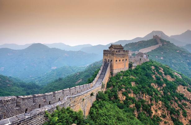 """fot. Sean Pavone/ShutterstockChiny schowały swój internet za elektronicznym Wielkim Murem. Obok rycina z gry """"Devotion"""", która wywołała gniew Pekinu"""