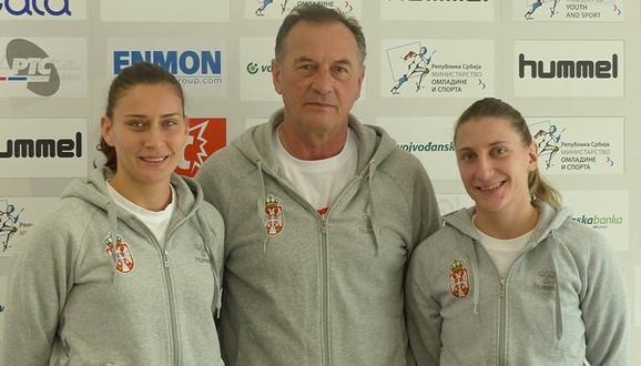 Slađana Pop Lazić, selektor Ljubomir Obradović i Tamara Radojević