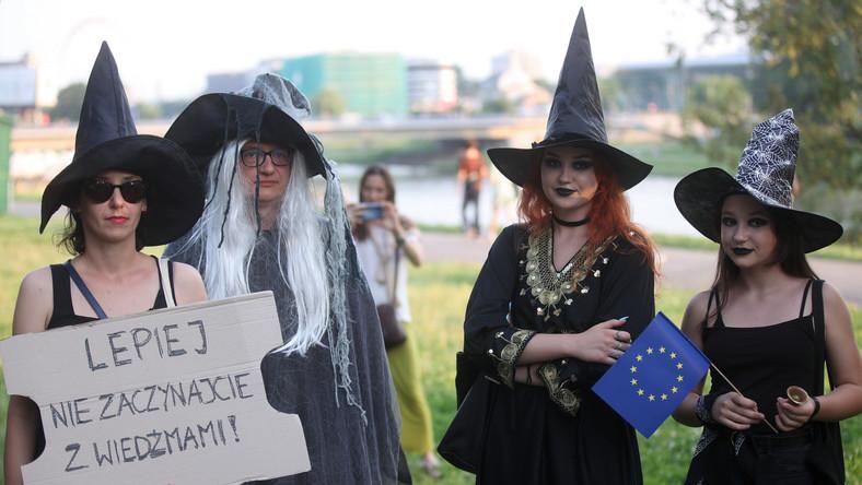 Marsz cnotliwych wiedźm