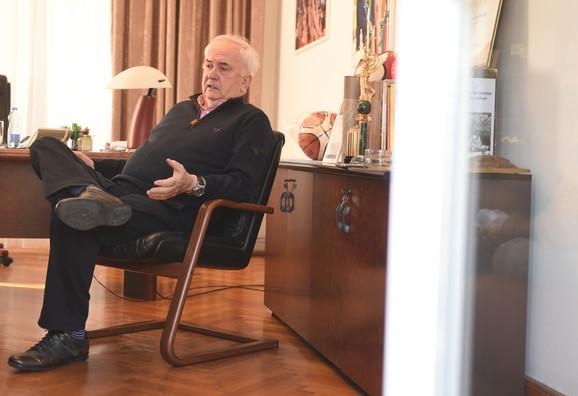 Voleo bih da mi neki čovek stručan za etnička pitanja objasni da je meni Dino Rađa stranac: Božidar Maljković