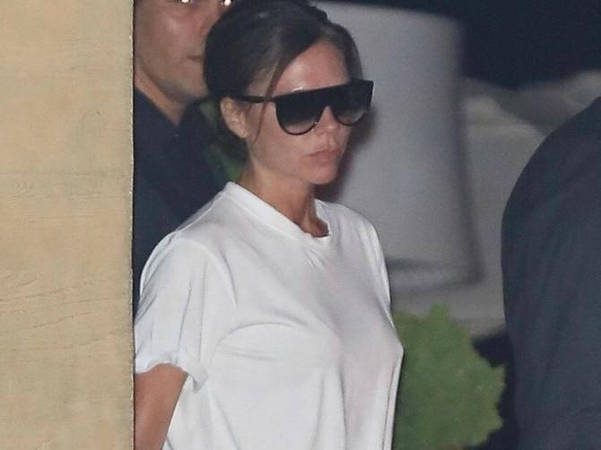 Svi su joj gledali U NOGE i čudili se: Važi za ikonu stila, ali kada vidite šta je obukla na 30 stepeni, PREZNOJIĆETE SE