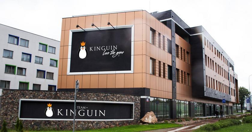 Centrum esportowe Kinguin niedaleko warszawskiego lotniska Okęcie