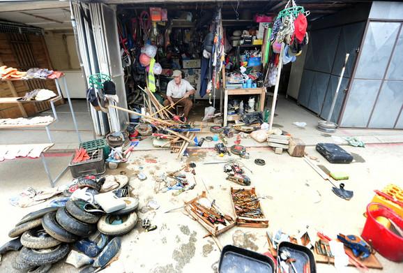 Upropašćena roba iz prodavnica