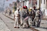 Indija policija voz policajci EPA RAMINDER PAL SINGH