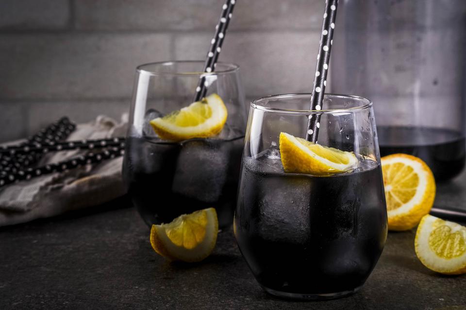 Czarna lemoniada