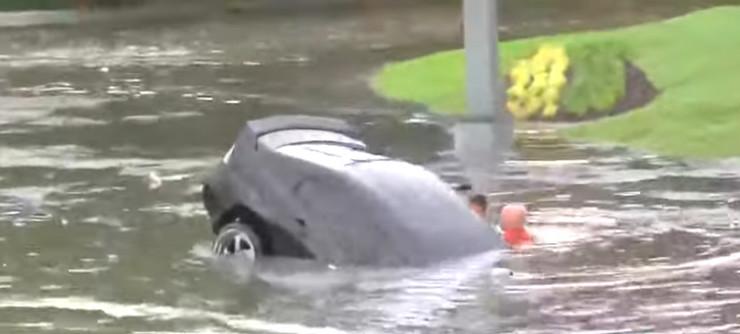 spasavanje iz poplave