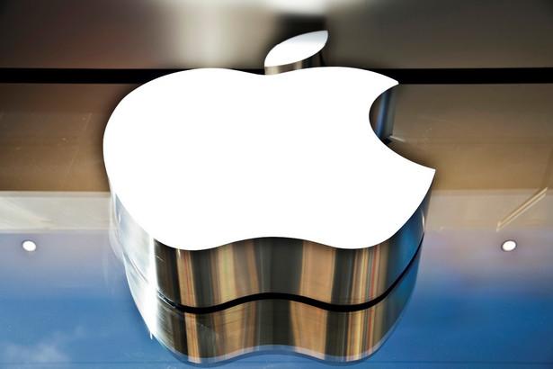 """Według włoskiego dziennika """"La Repubblica"""" Apple powinien zapłacić we Włoszech 880 mln euro"""
