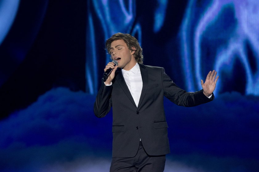 """Marek Kaliszuk jako George Michael w programie """"Twoja twarz brzmi znajomo"""""""